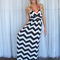 Heavenly Chevron Maxi Black