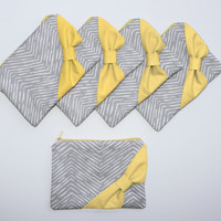 Bridesmaid Gift Bag Set / Bachelorette Party Favor - New Gray Chevron Yellow Bow - Customizable Wedding Bags - Choose Quantity and Bow Style