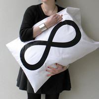 $14.00 Infinity Pillowcase by Xenotees
