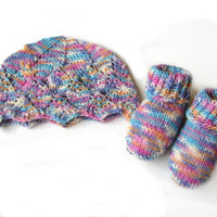 Pastel colors lacey hat and socks, soft rainbow colors wool, choose only hat or hat with socks, size Newborn READY TO SHIP