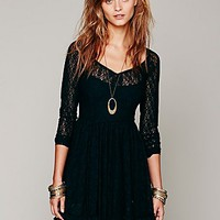 Intimately Womens Look Both Ways Lace Slip -