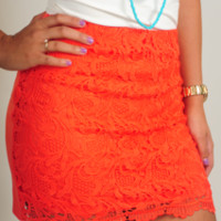 All The Lovers Skirt: Bright Coral | Hope's
