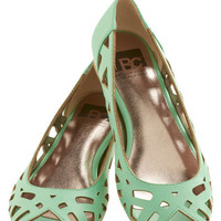 Discover Your Pastel Flat in Mint