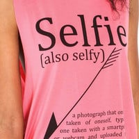 Selfie Graphic Tee - LoveCulture