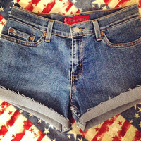 Non High waisted shorts