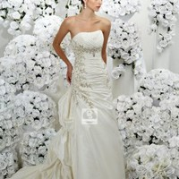 Sheath/Column Strapless Taffeta Court Train Wedding Dress at Dresseshop
