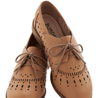 ModCloth Menswear Inspired Textile Support Flat in Flat in Tan
