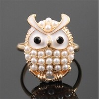 Gold adjustable owl ring with pearl beads