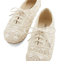 ModCloth Boho The Diminuendo Flat
