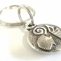 Ocean Sea Shell Pendant Beach Theme Key Chain or Zipper Pull from StarlightSarah