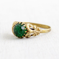 Vintage Green Stone Brass Czech Ring- 1930s Faceted Emerald Green Rhinestones Hallmarked Made in Czechoslovakia Size 8 Costume Jewelry