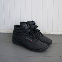 Vintage 80s Reebok High Top Sneakers - Size 8