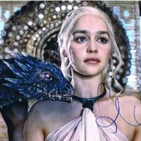 EMILIA CLARKE - Game of Thrones AUTOGRAPH Signed 8x10 Photo