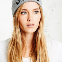 Married to the Mob B*tches Know Beanie Hat in Grey - Urban Outfitters