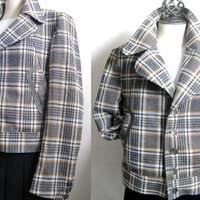 Vintage 1960s Mens jacket Plaid Grey Black Long Sleeve Sports Coat 42