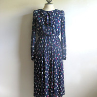 Vintage 1980s Pleated Dress Navy Blue Abstract Print Pleated Secretary Dress Lace Collar 9t