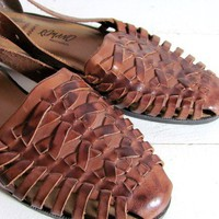 Vintage brown leather woven huaraches 8 by dirtybirdiesvintage