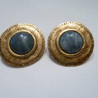 Vintage gold disc earrings blue marble swirl cabochon antiqued gold tone costume jewelry Spring Summer