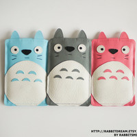 Totoro iPhone 4 Case,  iPhone 4 Cover, iPhone 4S Case, iPhone Case -  in Pink