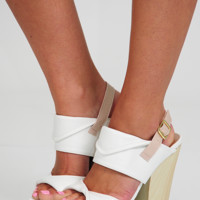 Swing In Your Step Wedges: White