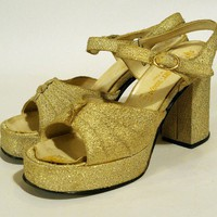 Gold lurex lame platform sandals 1970s size 8 by kickshaw on Etsy