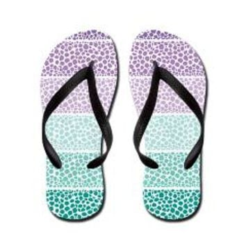 Riverside Flip Flops> Pom Graphic Design