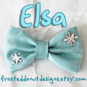 Elsa from Frozen inspired Disney Bow!