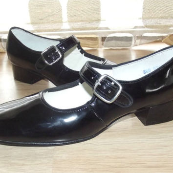 Vintage 60s Ultra MOD Black Patent Baby from IntrigueU4Ever on