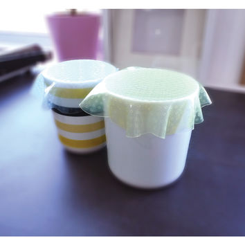 View All : Reusable Clinging Film
