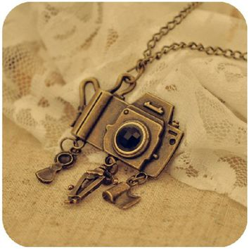 Vintage, Retro Fashionable Ladies/ Stylish Cute Girl's Necklace- Camera with Memories