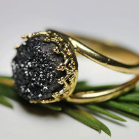 Round golden ring with black druzy quartz. Bridal ring. Black druzy quartz ring.10mm stone, Vintage ring, Cocktail ring, Bridesmaid gift