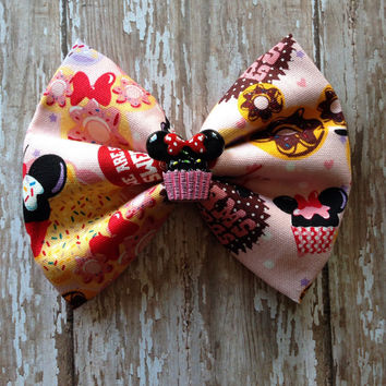 Sweet shoppe cupcake bow perfect for trip or photo prop