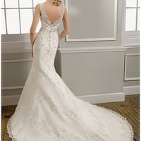 Buy Elegant Lace V Neck Mermaid Wedding Dress