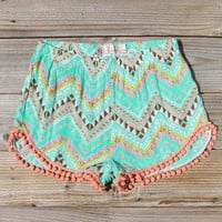 Cloud Break Native Shorts in Mint