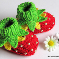 $19.00 Knitted Baby booties Strawberry Fairy by MiaPiccina on Etsy