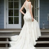 Buy Beautiful Elegant Tulle Sheath V-neck Wedding Dress In Great Handwork