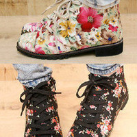 AsiaJam.com Fashion Boutique | Floral Printed Ankle Lace-up Boots