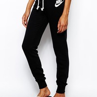 Nike Slim Sweat Pants