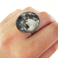 Full moon ring MAHINA by FIVEANDTWOshop on Etsy