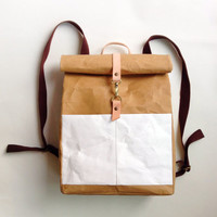 BT Paper Backpack with detachable shoulder strap