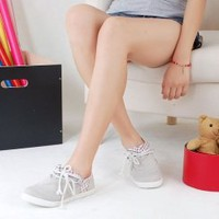 Wholesale 2010 hot sales of sweet and cute tie before canvas shoes Z-WLY-918 white - Lovely Fashion