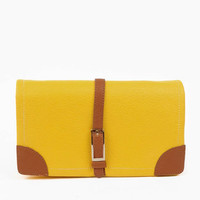 Strapping Clutch in Yellow :: tobi