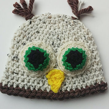 Newborn Tan and Green Crochet Owl Hat