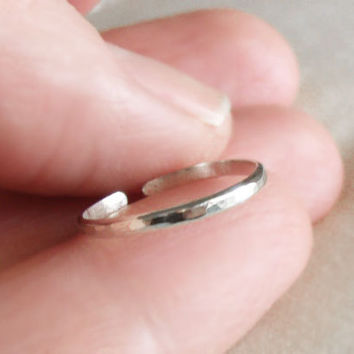 Hammered Band Toe Ring or Knuckle Ring, Sterling Silver or Yellow Gold Filled