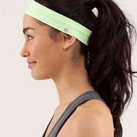 swiftly headband | women's accessories | lululemon athletica
