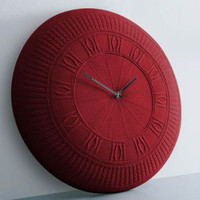 Gomitolo Clock Red ? cotton knitted clock by Carlo + Benedetta Tamborini