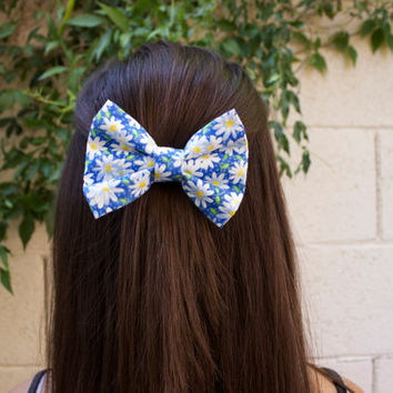 Daisy Love Hair Bow