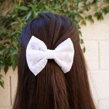 White Lace Hair Bow
