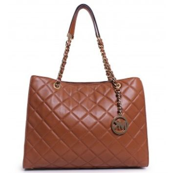 Michael Kors Susannah Large Tote in Walnut