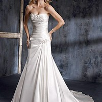 Buy A Stunning Strapless Slight Sweetheart Wedding Dress
